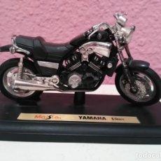 Motos a escala: MOTO YAMAHA VMAX DE MAISTO ESCALA 1/18 (1:18). Lote 194227071