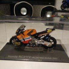 Motos in scale: HONDA RC211V VALENTINO ROSSI. Lote 194262013