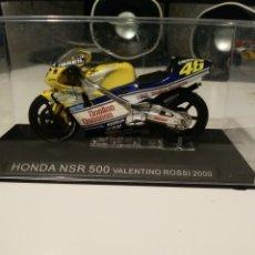 Motos in scale: HONDA NSR 500 DE VALENTINO ROSSI 2000. Lote 194262401
