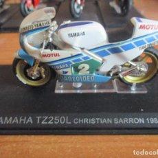 Motos a escala: ALTAYA: MOTO YAMAHA TZ250L CHRISTIAN SARRON 1984. Lote 195485840