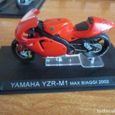 Motos a escala: ALTAYA: MOTO YAMAHA YZR-M1 MAX BIAGGI 2002. Lote 195485971