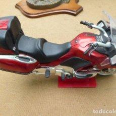 Motos a escala: MOTO BMW K 1200 LT. 21 CM LONG. PLASTICO DURO. NO APARECE FABRICANTE.. Lote 197204813
