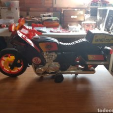 Motos a escala: HONDA GOLDWING 1200/YAMAHA/KAWASAKI, MOTO VINTAGE GRAN ESCALA MARCA TOYS WORLD. Lote 197827333