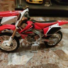 Motos a escala: HONDA CRF 450 1/12. Lote 198254372
