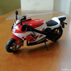 Motos a escala: YAMAHA YZF R7. Lote 198389903