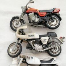 Motos a escala: TRES MOTOS AÑOS 60. Lote 200324597