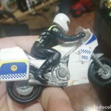 Motos a escala: MOTO DE POLICIA APARENTEMENTE SIN MARCA. Lote 200617387