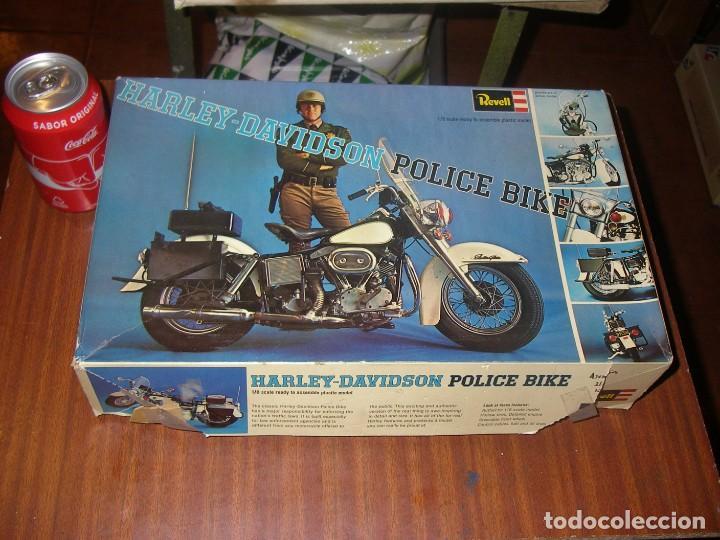 MAQUETA REVELL, HARLEY DAVIDSON POLICE BIKE, ESCALA 1:8. (Juguetes - Motos a Escala)