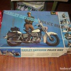 Motos a escala: MAQUETA REVELL, HARLEY DAVIDSON POLICE BIKE, ESCALA 1:8.. Lote 201618390