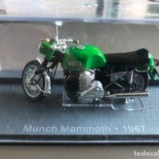 Motos a escala: MOTO MUNCH MAMMOTH 1967. Lote 202326745