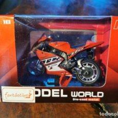 Motos a escala: MODEL WORLD DIE-CAST METAL 1.18 MOTO RACING - NUEVA. Lote 202905868