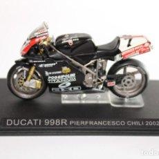 Motos in scale: DUCATI 998R PIERFRANCESCO CHILI 2002. Lote 205189997