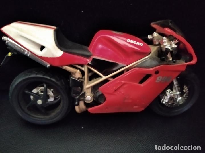 Motos a escala: MOTO DUCATI 996 - MAISTO AÑOS 80- 12X8X3CM. - Foto 3 - 205703351