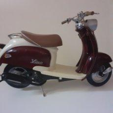 Motos a escala: MOTO A ESCALA, YAMAHA VINO, AÑO 1999. Lote 207027467