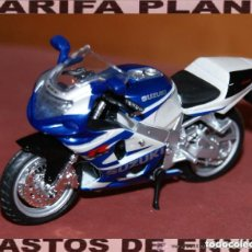 Motos a escala: MOTO SUZUKI GSXR 750 ESCALA 1:18 DE MAISTO EN SU BLISTER. Lote 207054061