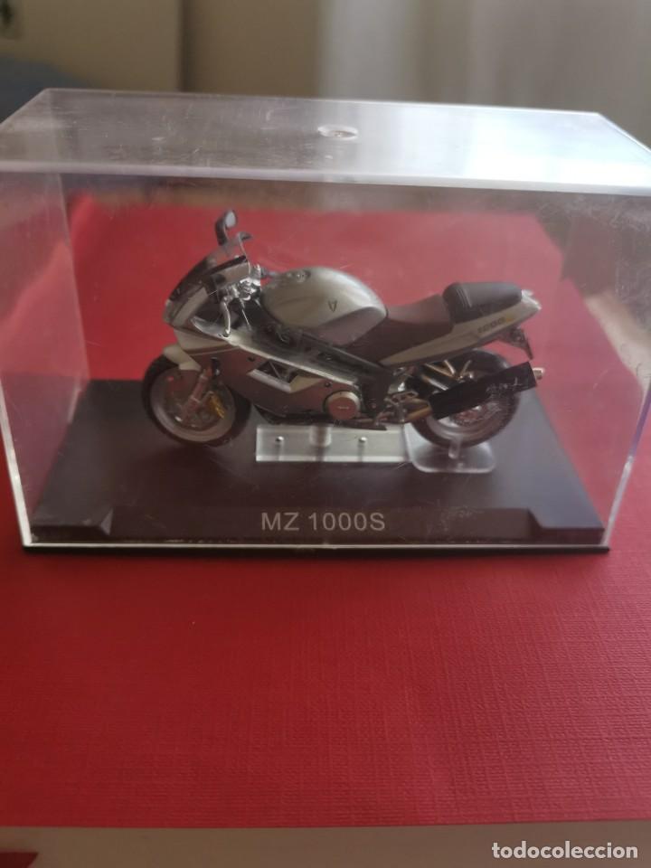 MOTO MZ 1000 S (Juguetes - Motos a Escala)