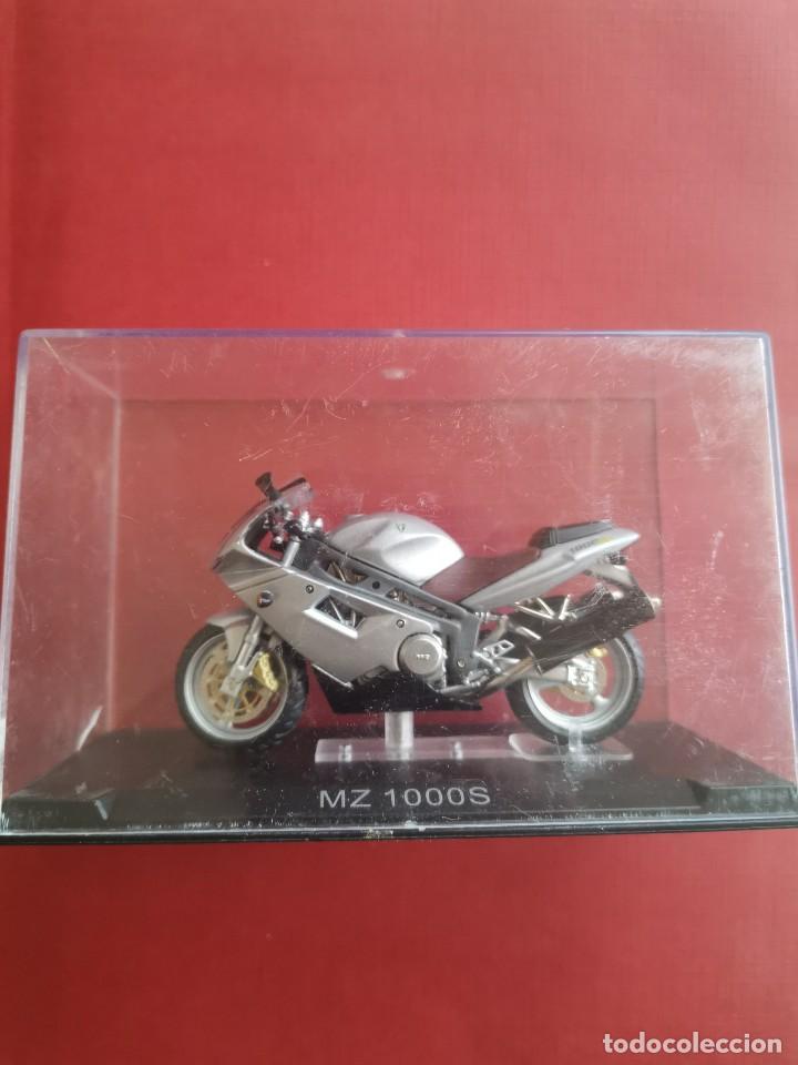 Motos a escala: Moto MZ 1000 S - Foto 2 - 207267858
