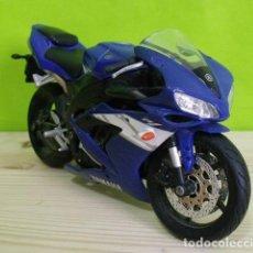 Motos a escala: MOTO 125 YAMAHA YZF-R1 A ESCALA - MOTO GP - MAISTO. Lote 207991381