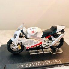 Motos a escala: HONDA VTR 1000 SP-2. Lote 210276855