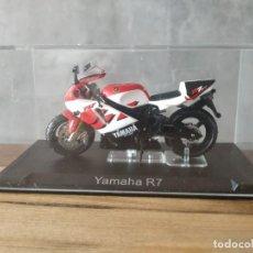 Motos a escala: YAMAHA R7. MOTO ESCALA 1:24. Lote 210378222