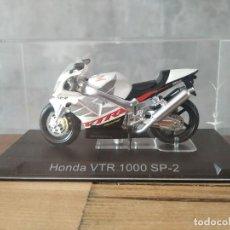 Motos a escala: HONDA VTR 1000 SP2. MOTO ESCALA 1:24. Lote 210380440