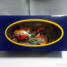 Motos a escala: MOTO HONDA RC213V 2012 DANI PEDROSA - MOTOGP ALTAYA PLANETA AGOSTINI ESCALA 1:12 PREMIUM #26 REPSOL. Lote 181209352