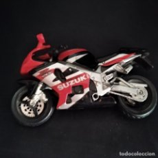 Motos a escala: MOTO SUZUKI GSX - MAISTO AÑOS 80- 12X8X3CM.. Lote 212471056