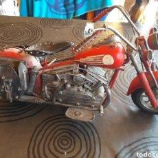 Motos a escala: PRECIOSA MOTOCICLETA 36 CM,ARTESANAL EN CHAPA O HIERRO,INDIAN?. Lote 217272280
