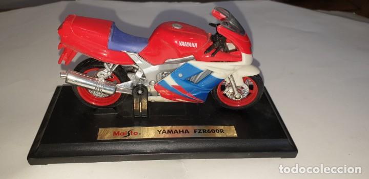MAISTO YAMAHA FZR600R MOTOCICLETA PLASTICO ESCALA SEGÚN FOTO (Juguetes - Motos a Escala)