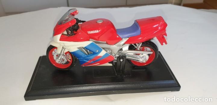 Motos a escala: MAISTO YAMAHA FZR600R MOTOCICLETA PLASTICO ESCALA SEGÚN FOTO - Foto 2 - 218781991
