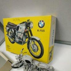 Motos a escala: MAQUETA MOTO BMW R-75 / 5 HELLER RICO ESCALA 1/8 AÑOS 70 CON INSTRUCCIONES. SE VENDE COMO SE APRECIA. Lote 221922833