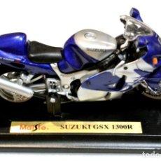 Motos a escala: MOTOCICLETA SUZUKI GSX 1300R ,EDICIÓN MAISTO, CON PEANA BASE ,1:18, 1/18, NO A SIDO RODADA. Lote 223105445