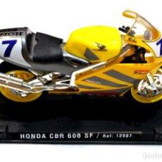 Motos a escala: MOTOCICLETA HONDA CBR 600 SF , EDICIÓN GUILOY, CON PEANA BASE ,1:18, 1/18, NO A SIDO RODADA. Lote 223109028