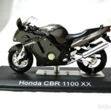 Motos a escala: MOTOCICLETA HONDA CBR 1100 XX , ESCALA 1:24 , 1/24 , ALTAYA, NUNCA A SIDO RODADA. Lote 223302498