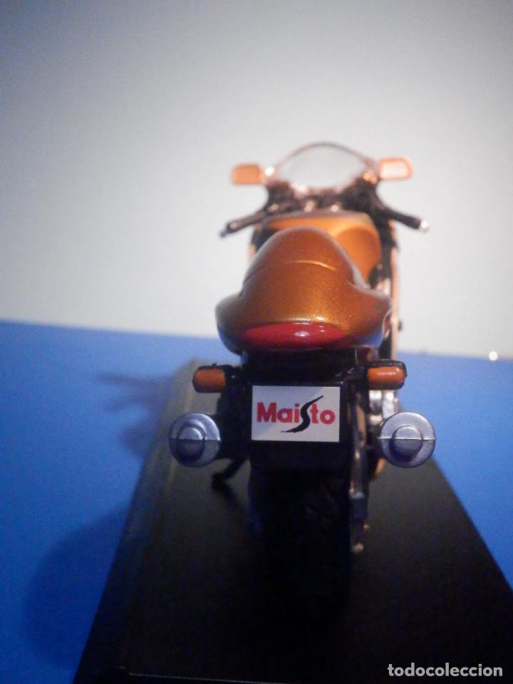 Motos a escala: MOTO - MINIATURA A ESCALA - Suzuki GSX1300R - Cobre - ESCALA 1.18 - Con PEANA - Maisto - Foto 5 - 226200390