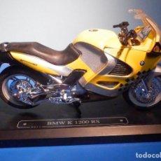 Motos a escala: MOTO - MINIATURA A ESCALA - BMW K 1200 RS - AMARILLA - ESCALA 1.18 - CON PEANA - MAJORETTE. Lote 226288805