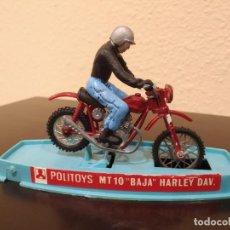 """Motos a escala: MOTO POLITOYS MT10 """"BAJA"""" HARLEY DAV. -AÑOS 70- CON PILOTO Y CAJA, MADE IN ITALY. Lote 226412600"""