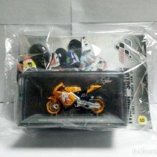 Motos a escala: MOTO HONDA RC212V 2011 CASEY STONER MOTORLAND ARAGÓN + FASC. 9 MOTOGP ALTAYA 1:18 ALCAÑIZ TERUEL. Lote 226673325