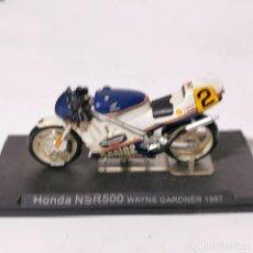 Motos a escala: MOTO A ESCALA - HONDA NSR500 - WAYNE GARDNER 1987 - MOTOCICLETA. Lote 226987285