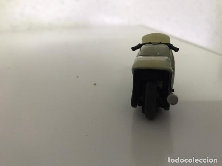Motos a escala: 4 MICROMOTOS RUEDA DE INERCIA- MOTO GP - REPSOL - STSNLEY MONSTER - WARRIOR - Foto 17 - 228518540
