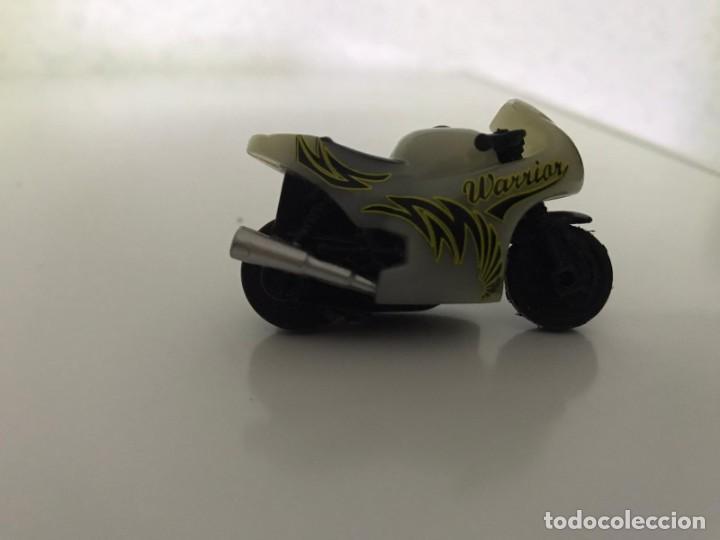 Motos a escala: 4 MICROMOTOS RUEDA DE INERCIA- MOTO GP - REPSOL - STSNLEY MONSTER - WARRIOR - Foto 18 - 228518540
