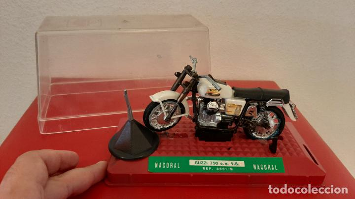 ANTIGUA MOTO GUZZI DE NACORAL 750 CC REF 3601 M JUGUETE ESC 1/15 EN URNA (Juguetes - Motos a Escala)