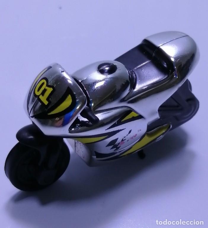 Motos a escala: 4 MICROMOTOS RUEDA DE INERCIA- MOTO GP - REPSOL - STSNLEY MONSTER - WARRIOR - Foto 19 - 228518540