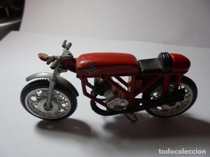 Motos a escala: magnificas tres motos antiguas - Foto 5 - 234123595