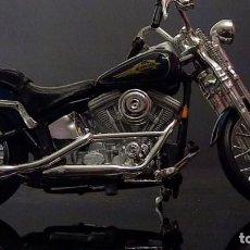 Motos a escala: MOTO HARLEY DAVISON ESCALA 1/18 DE MAISTO A ESTRENAR. Lote 235575405