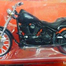 Motos a escala: MOTO HARLEY DAVISON ESCALA 1/18 DE MAISTO A ESTRENAR. Lote 235585245