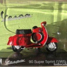Motos a escala: VESPA 90 SUPER SPRINT -1965 - VESPA COLLECTION RBA, 1/18. Lote 237667165