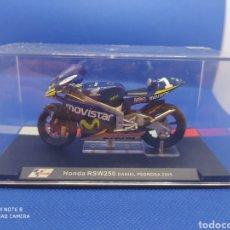Motos a escala: HONDA RSW250 DANIEL PEDROSA (2005). Lote 238632025