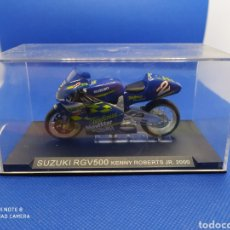 Motos a escala: SUZUKI RGV500 KENNY ROBERTS JR. (2000). Lote 238819090