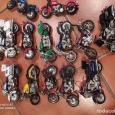 Motos a escala: MOTOS JUGUETE,LOTE15, HIERRO Y PLÁSTICO. Lote 240934795
